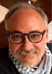 Dr. Carlos Hoyuela IQL
