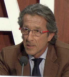 Dr. Raúl Almenara. Cirujano de IQL en Barcelona