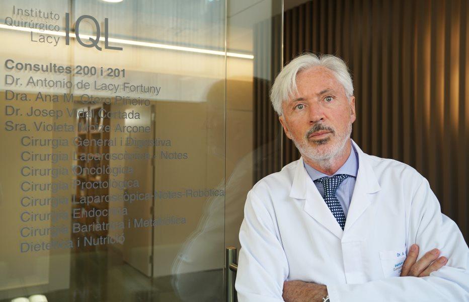 Premio Top Doctors Awards 2018 Dr. Antonio de Lacy. Director del IQL