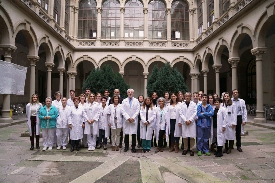Dr. Antonio de Lacy y su equipo