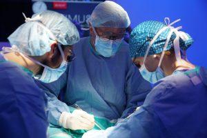 Histerectomía total TaTME. Equipo de cirujanos en Barcelona